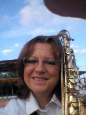 Amante de la música, Sú, toca el saxofón y también canta / Foto: Facebook Susana R. Miguélez