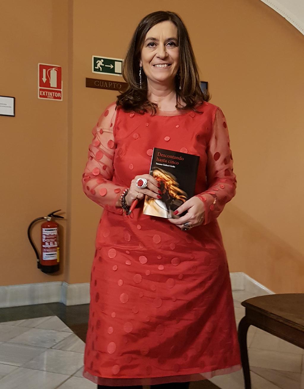 Susana Gisbert Grifo, presentando su último libro Descontando hasta cinco / Foto: Redacción El desván de Alejandro