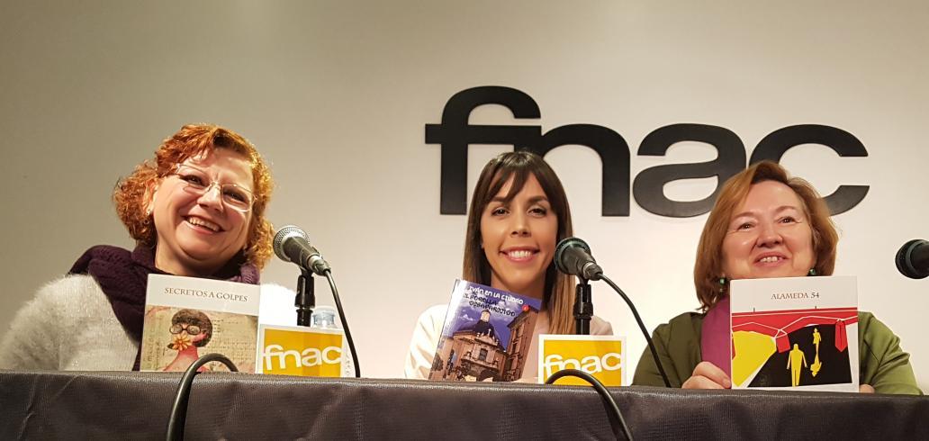 Tres ponentes satisfechas tras la presentación, tres mujeres diferentes entre si mismas, pero con denominadores comunes que las unen.