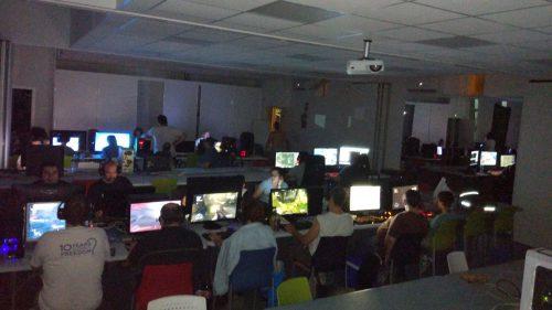 Actividad nocturna en la AIS LAN PARTY