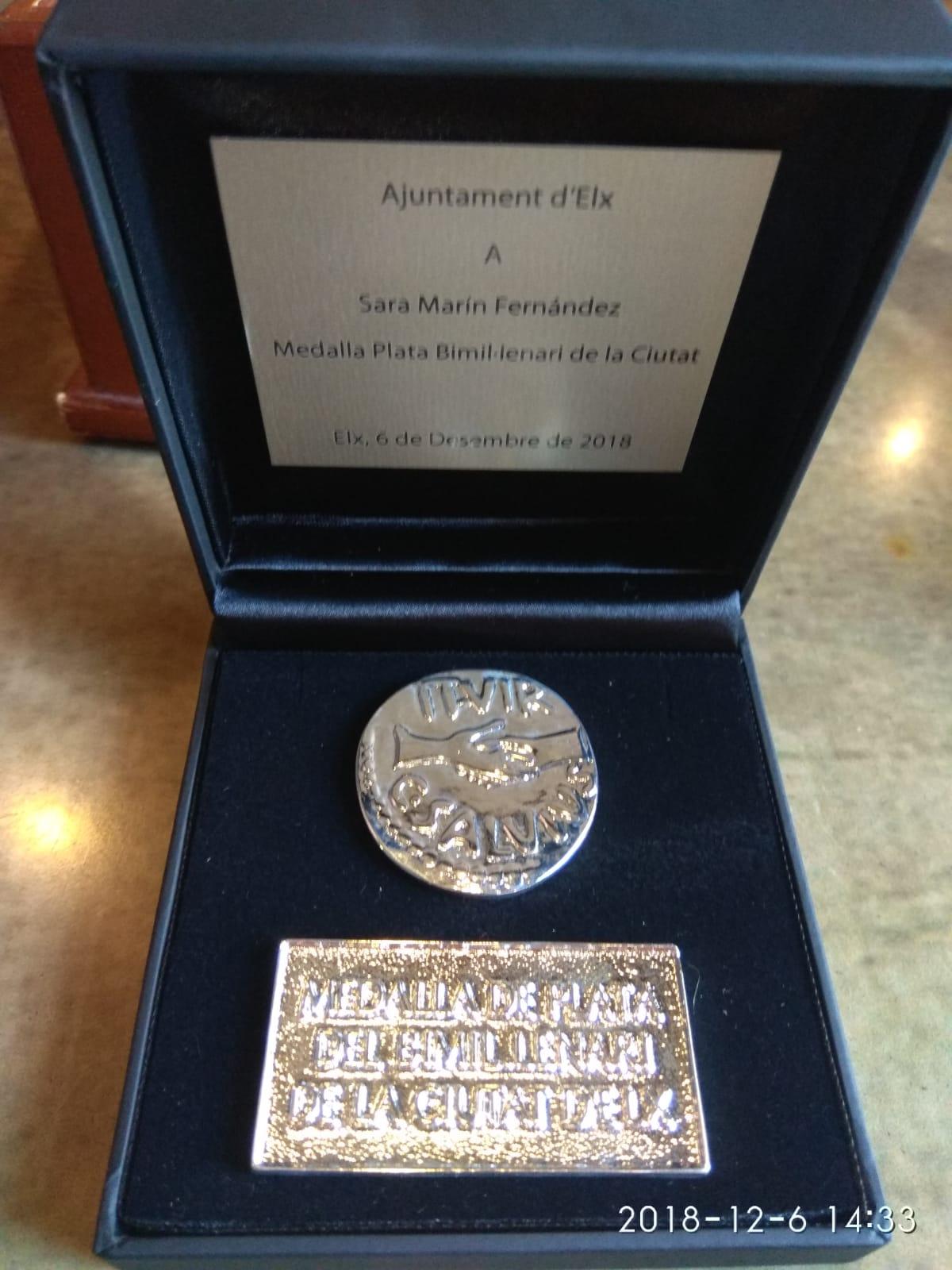 Medalla de Plata Bimil.lenari de la Ciutat de Elx (Medalla de Plata bimilenaria de la Ciudad de Elche)